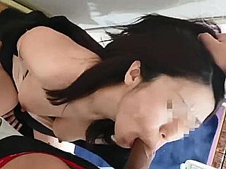 子連れ ハメ撮り 無修正 無】人妻 はづき 32歳 自宅内子供の前でフェラ 口内射精後 ...