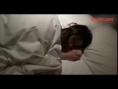 無修正レイプ)昏睡女性のおっぱいやマンコを弄りレイプしてハメ撮り | XeroPorn